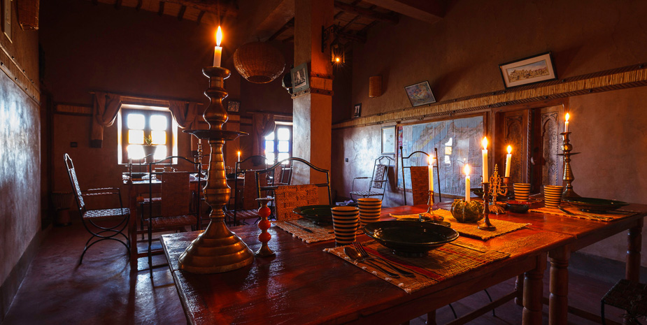 Kasbah Tebi has two restaurant room, one in each kasbah. We serve typical moroccan meal with our famous beef tajine.