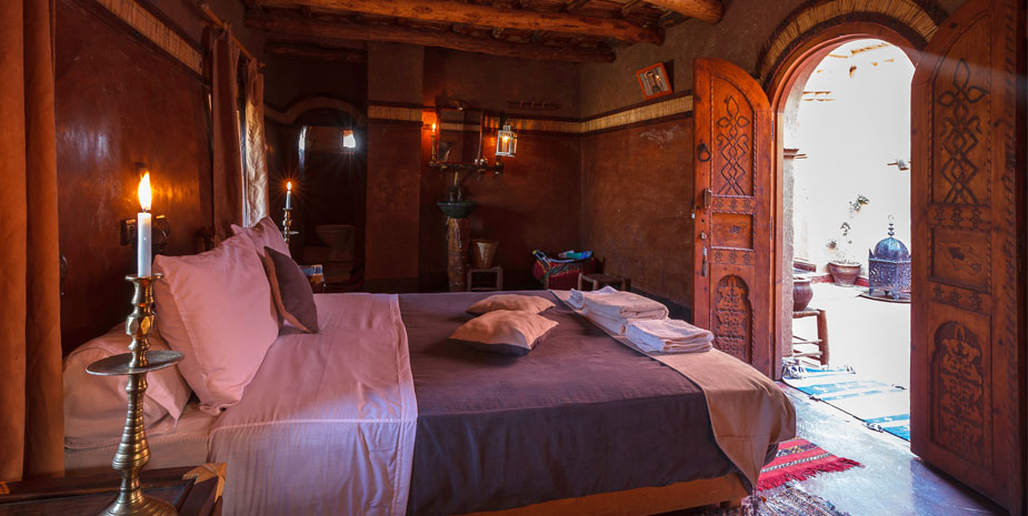 We offer one standard family suite in a 400 years old traditional berber kasbah.